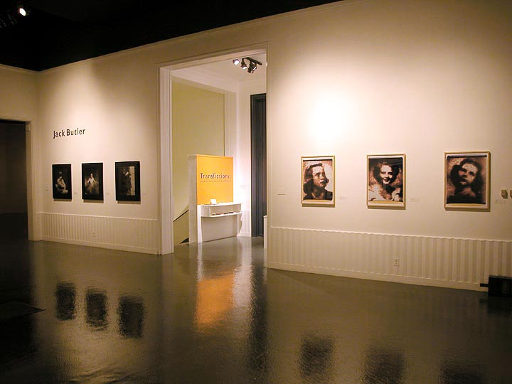 USC Fisher Gallery 2004