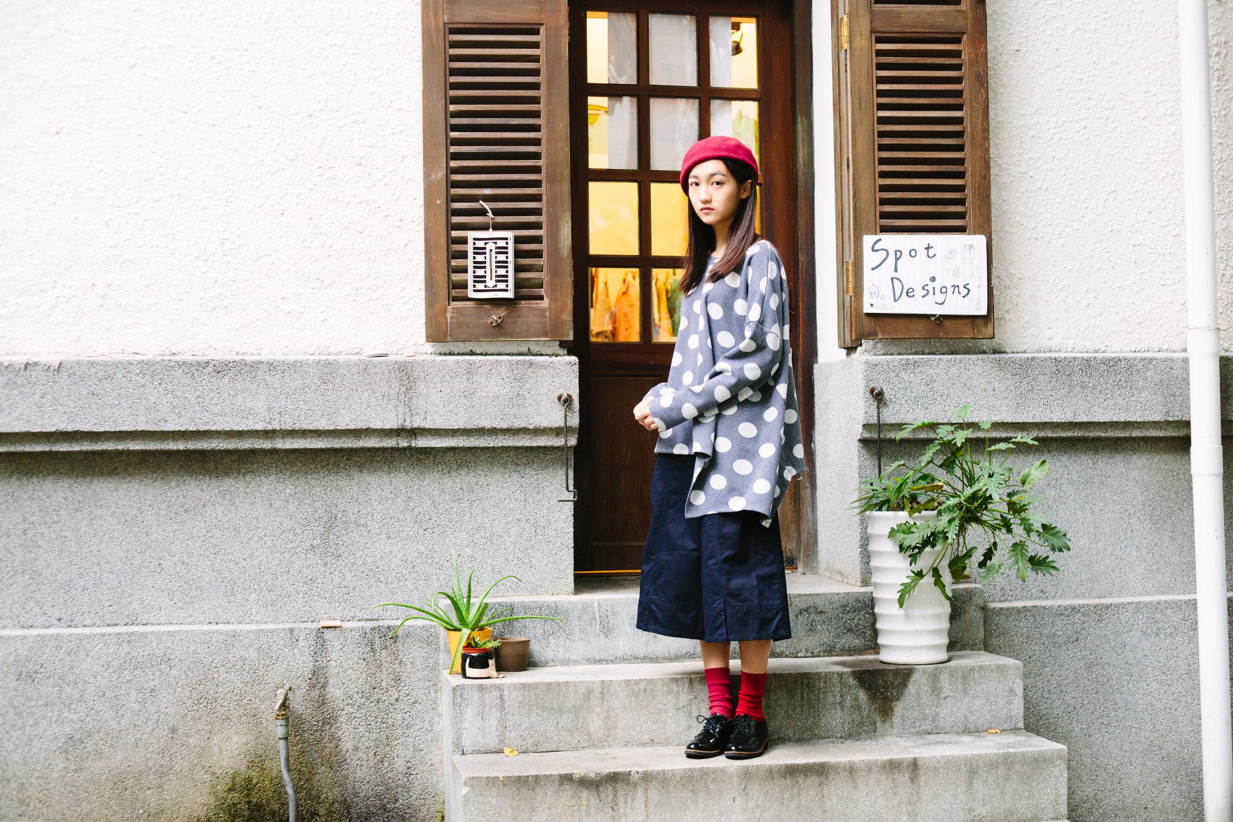 衣著 | a la sha+a 不對稱圓點長版T & a la sha+a 創意剪接寬褲裙