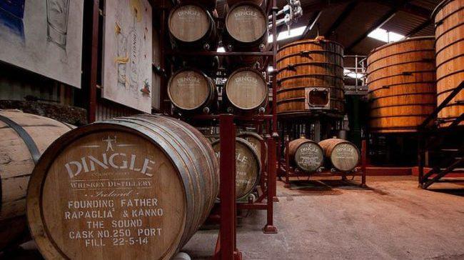 Dingle-Whiskey-Distillery.-e1537791596527.jpg