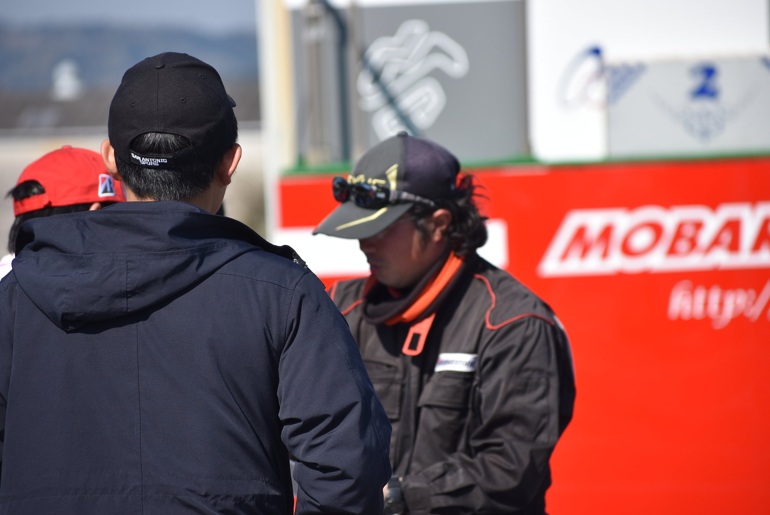 Drivers Meeting was brief and to the point. Don't crashu or you'll pay for barriers; OK, got it!