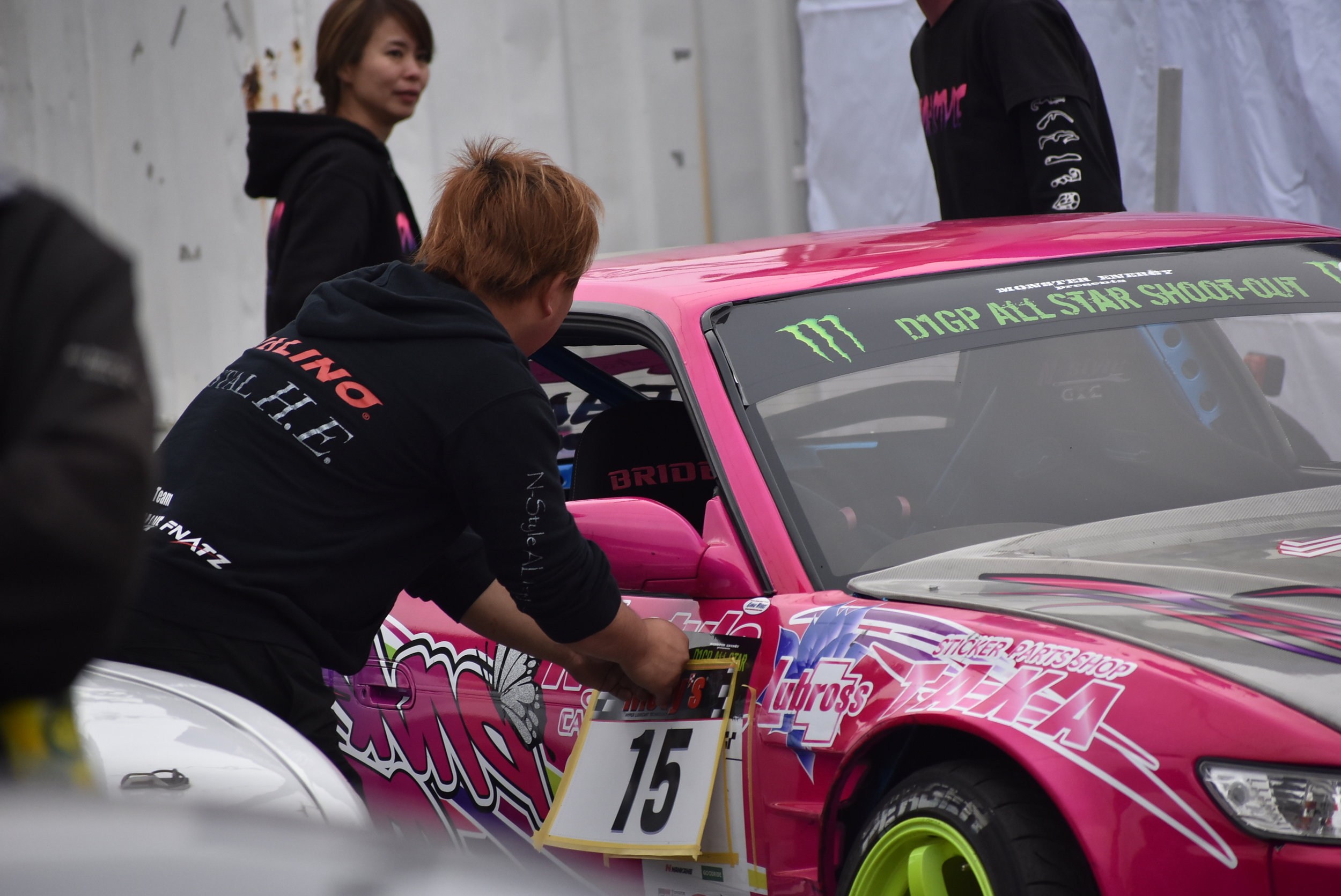 Naoki swapping cars. He runs Miki's Silvia a lot in competition. Strategic plan? One car setup for qualifying, one setup for battle? Interesting to think about, and I'm curious if there's any reason at all behind it.