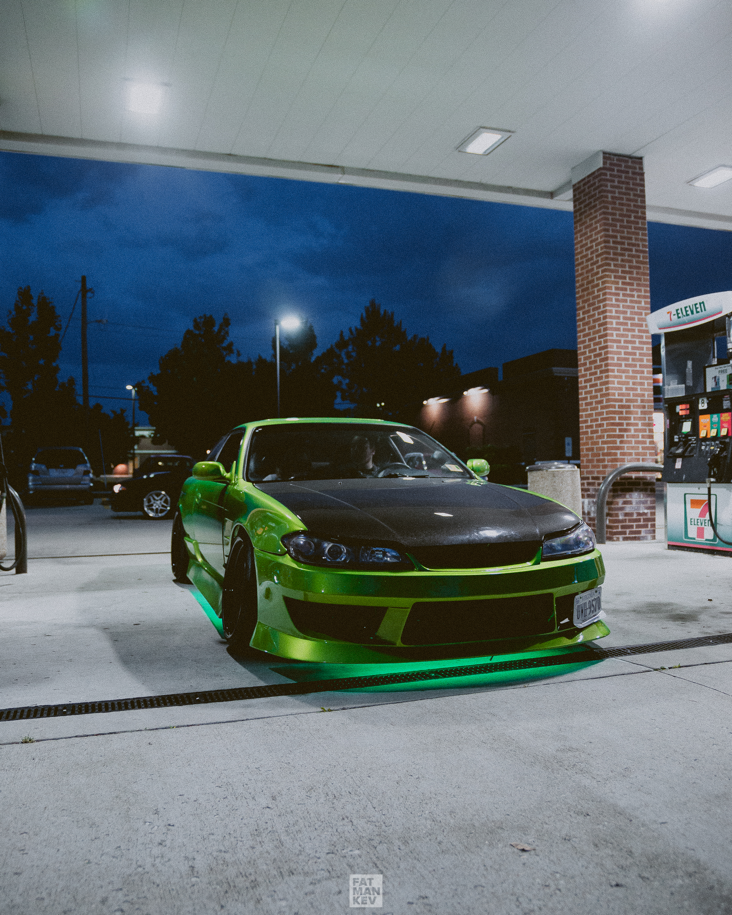 Ridge, from Wolf Clan Garage, stopping by in his amazing S14.5. Take a look at the paint up close next time, it's unbelievable. Don't forget to take a peep at the bay too! All work done by the man himself.