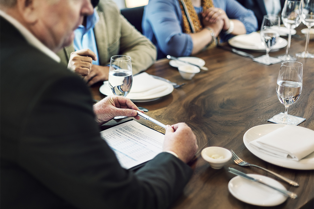 group-of-people-business-meeting-concept-PPH8MRX.jpg