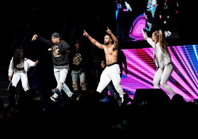 Tag the hottest dance crews in Atlanta! 💃🏾🕺🏾👯♀️🤸🏾♀️ #B2K4LilSaint #TheMillenniumTour #B2K #Omarion #Boog #Fizz #RazB 📸: @devmatic