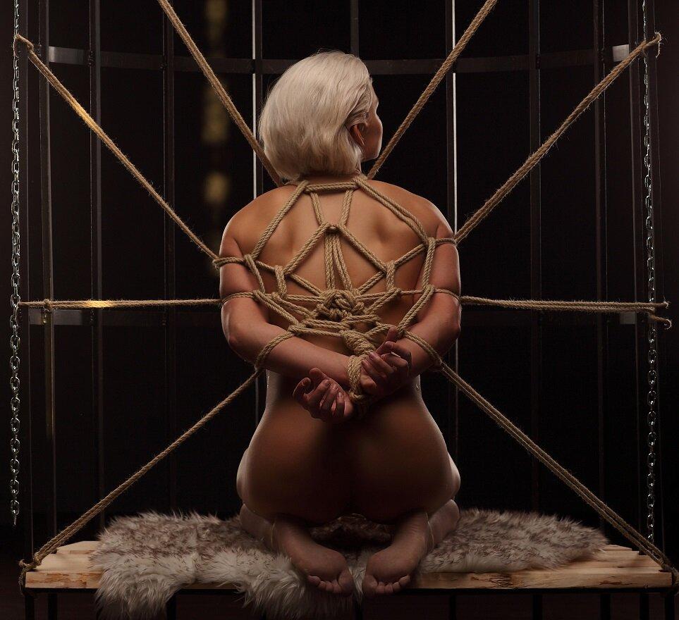 Free BDSM slave girl stories