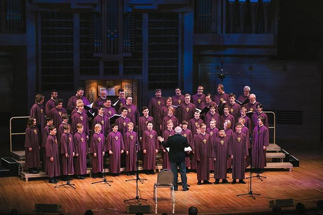 about the choir - Being Norway's oldest boys' choir, NGK has a long and interesting history. Did you know that the choir's roots date back to the year 1030?