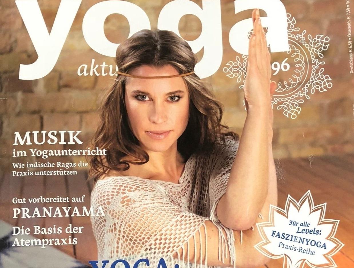 Yoga Aktuell Cover (1).jpg