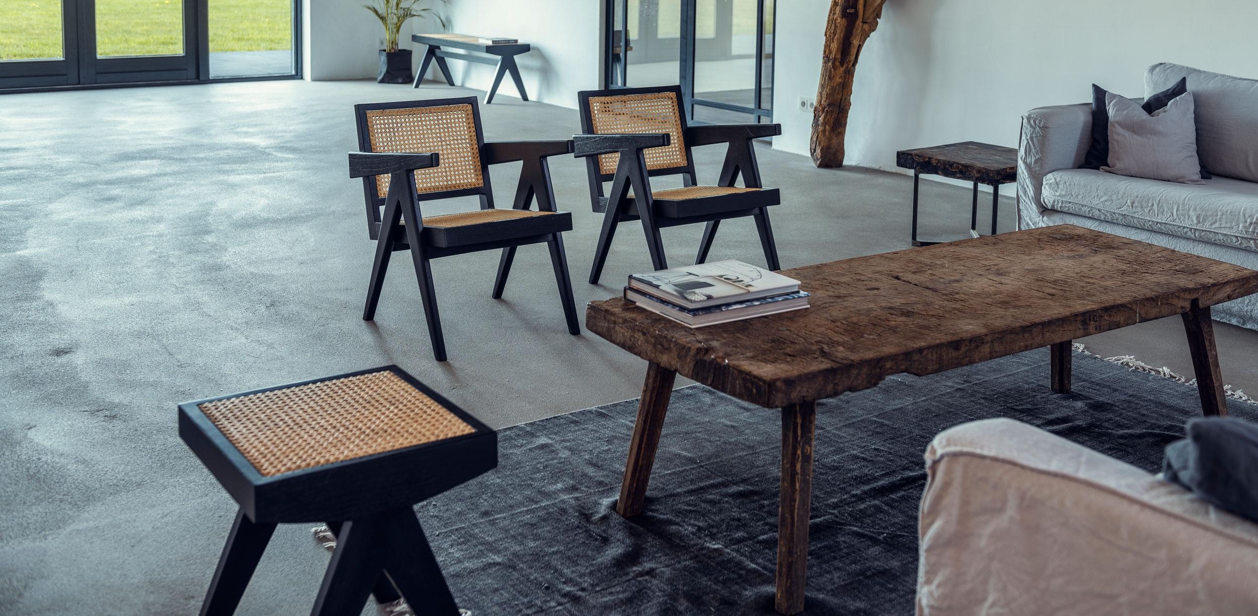 Lounge_chair_charcoal_2.jpg