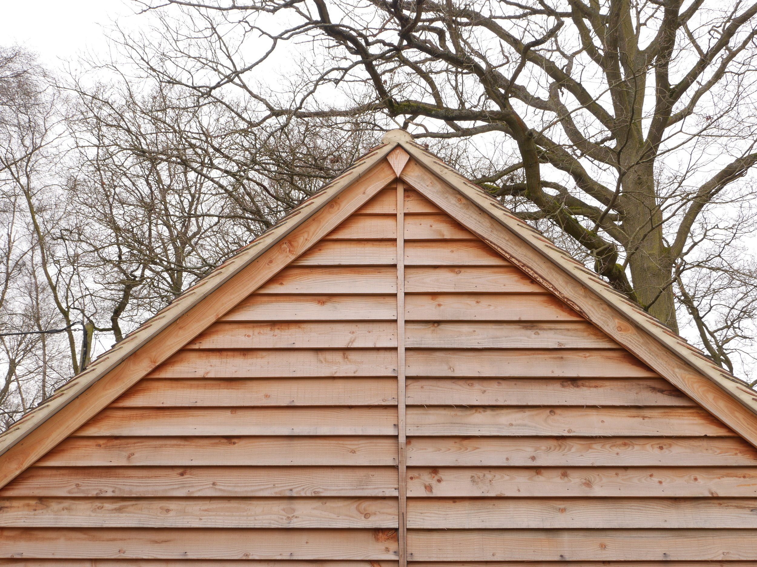 oak garage gable end, timber garage