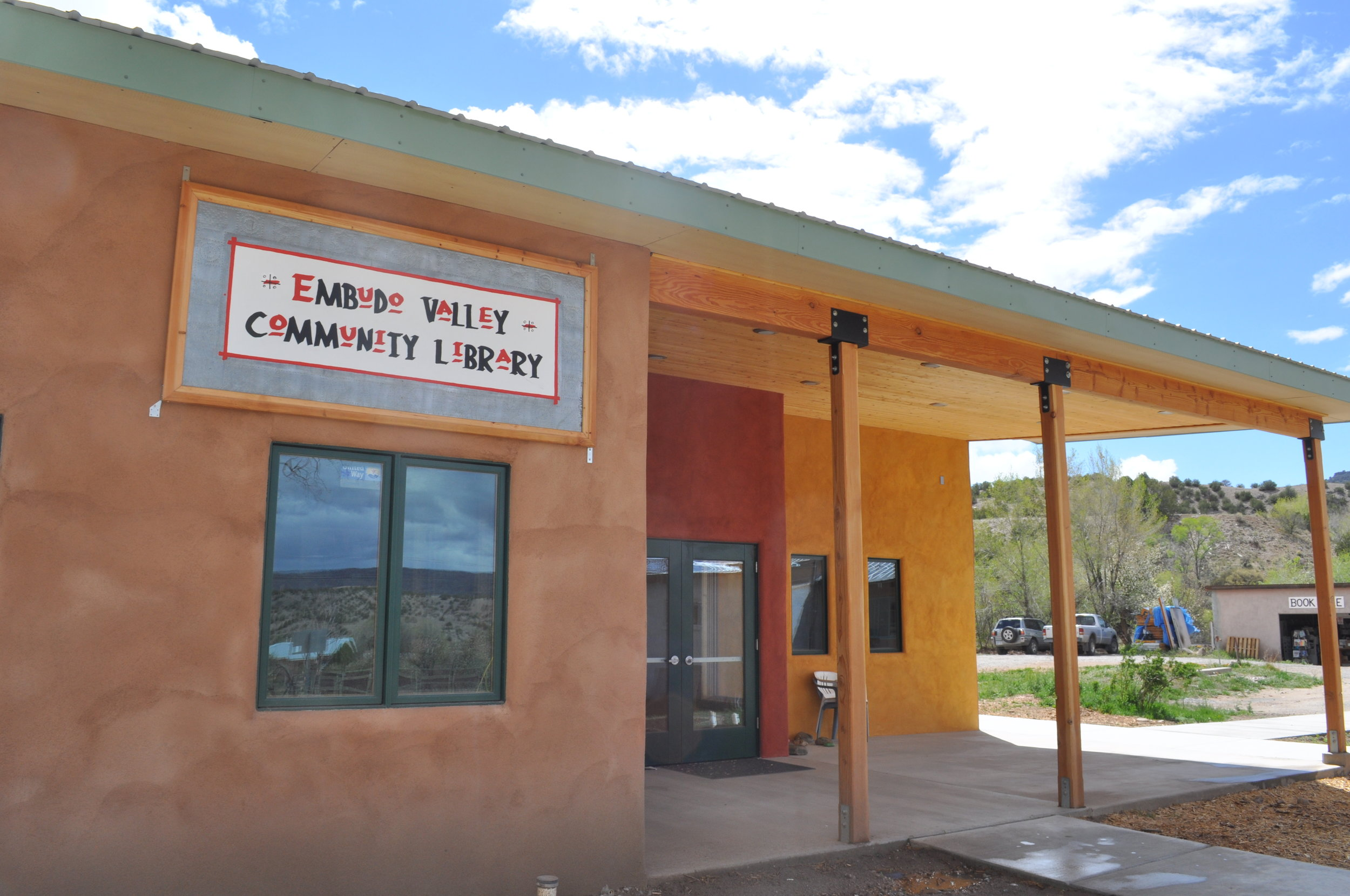 Embudo Valley Library
