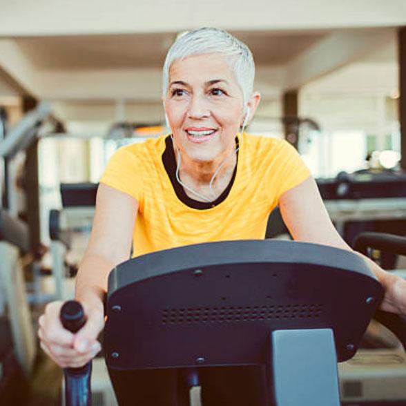lady-treadmill-top-l.jpg