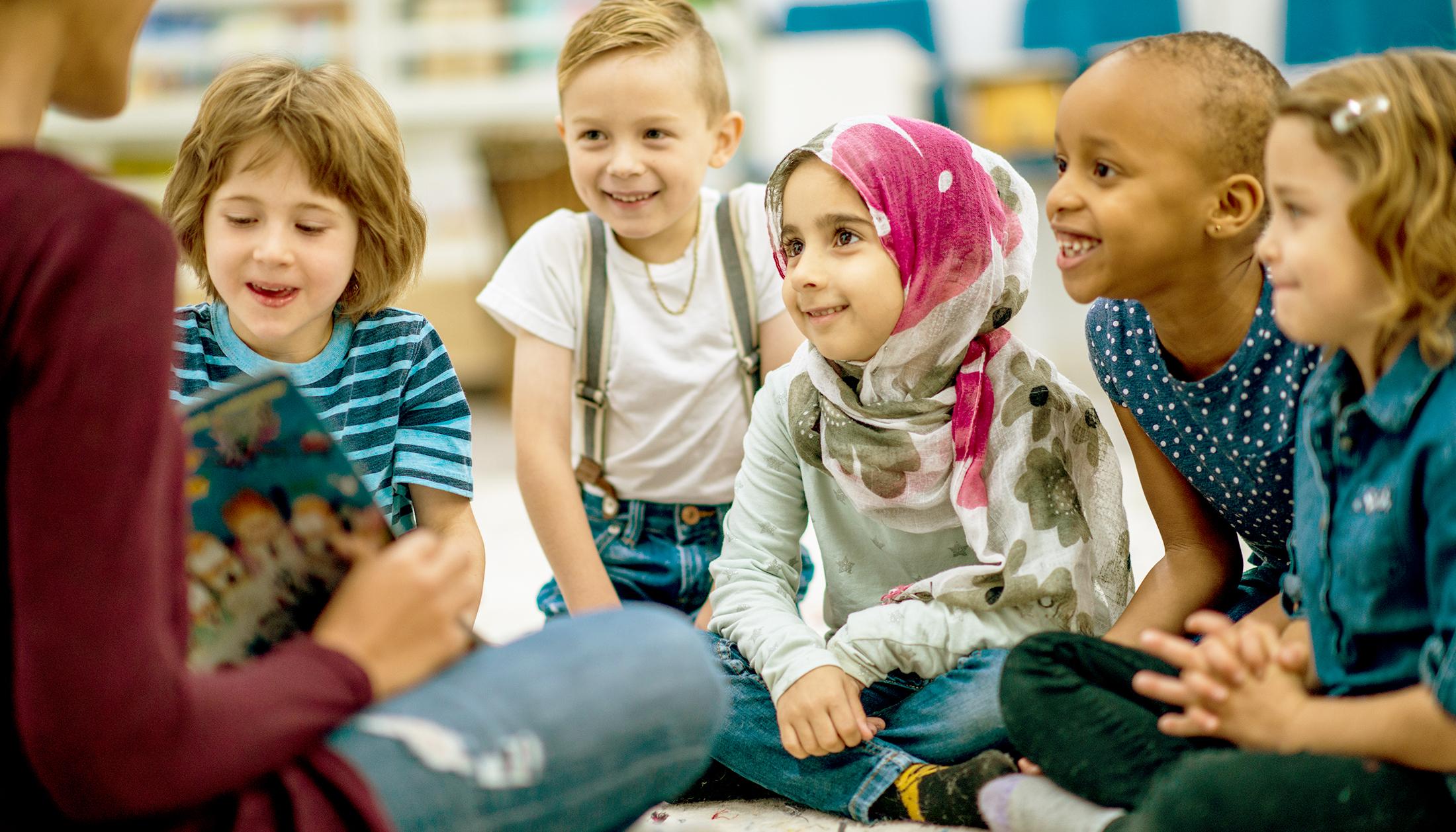 GAL-EDU-Storytelling-Blog-Classroom_Children.jpg