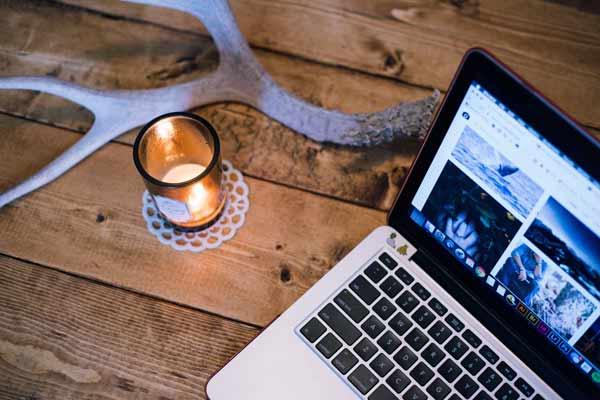 workspace-desk.jpg