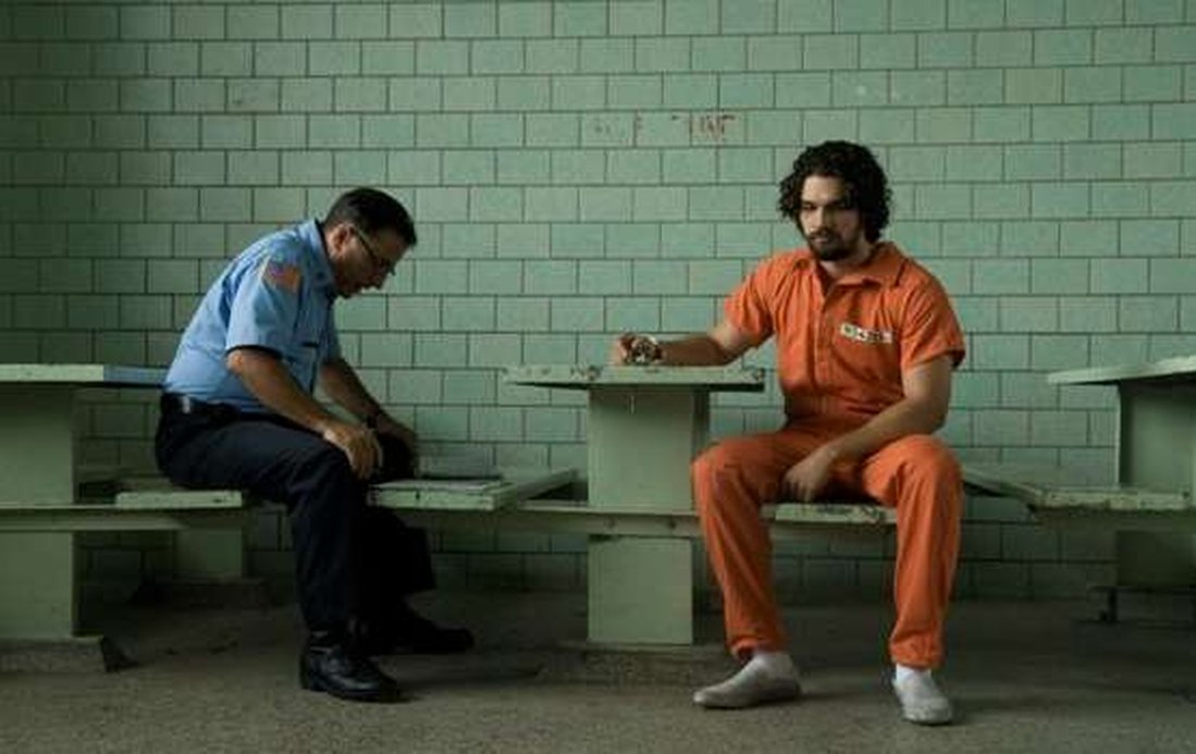 Director: Raymond De Felitta  Cast: Andy Garcia, Julianna Marguiles, Ezra Miller, Emily Mortimer, Alan Arkin