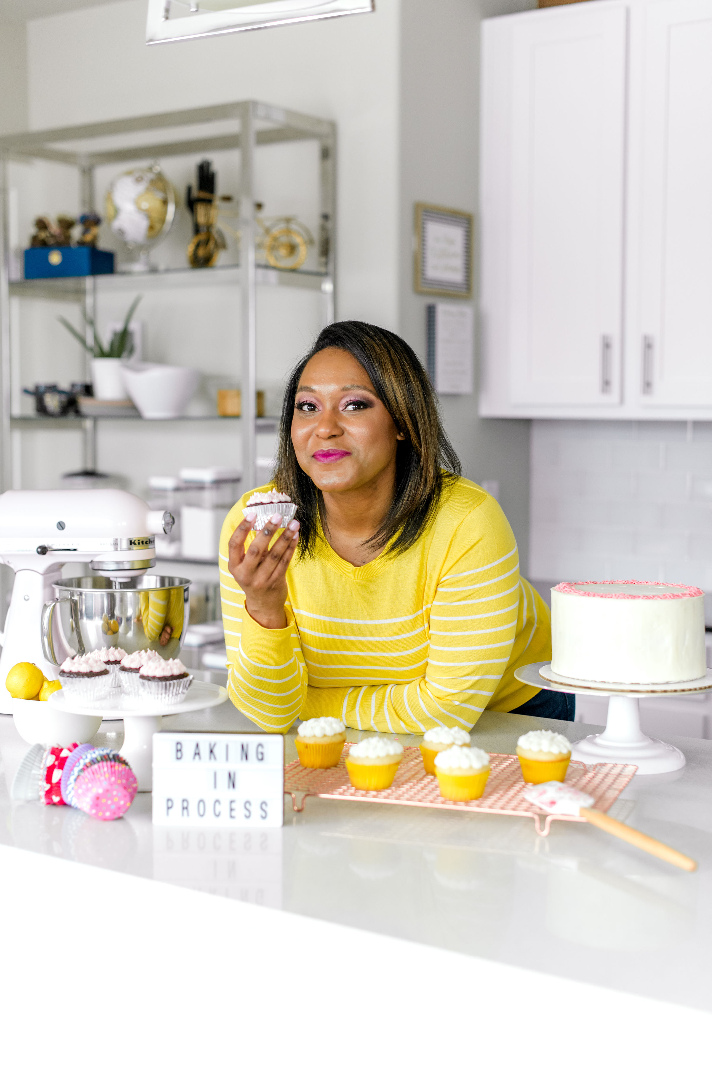 Hi! I'm vee the baker. here you'll find the way i like to cook & eat. I hope you're inspired to get cooking! -