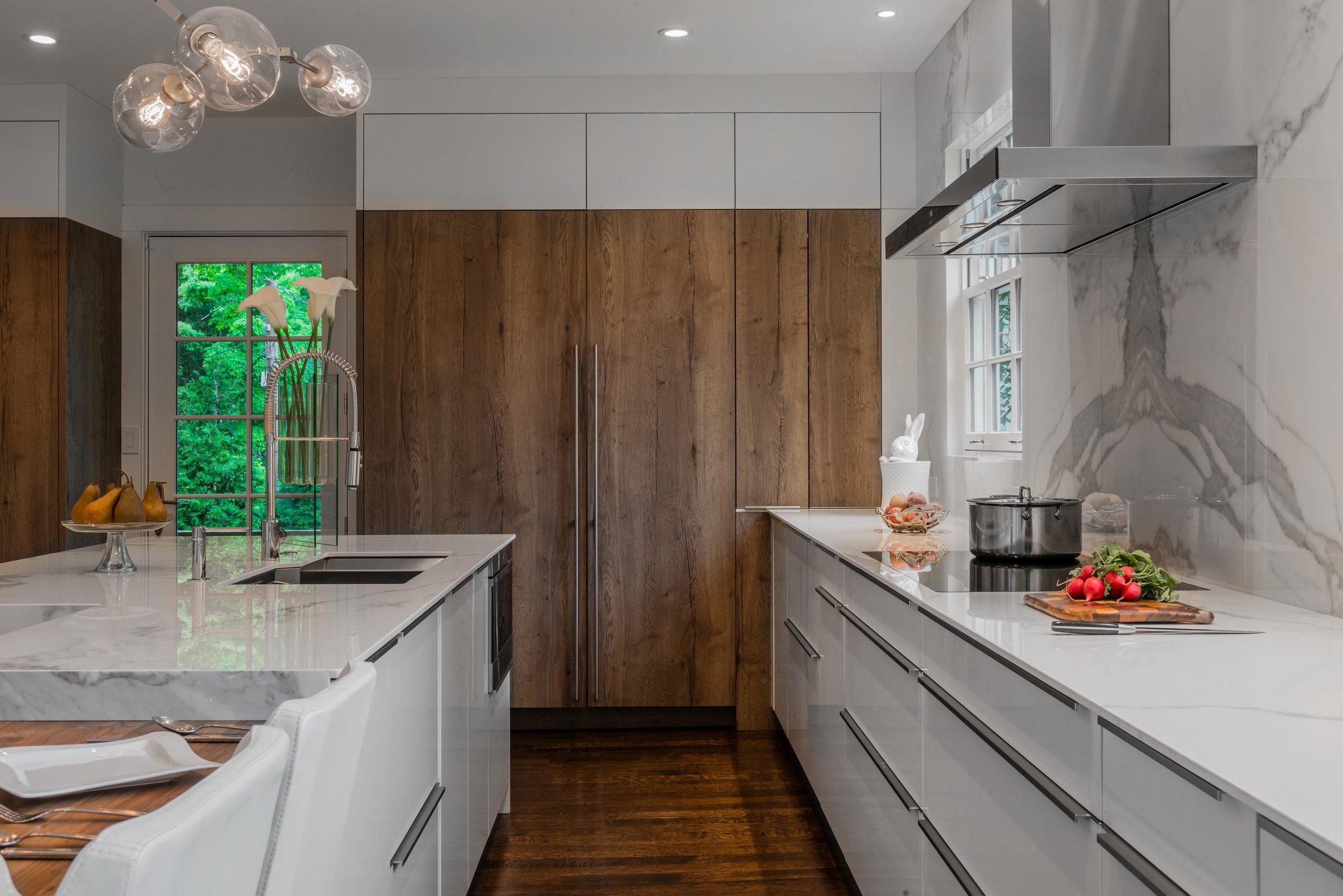 modern-kitchen-brookline