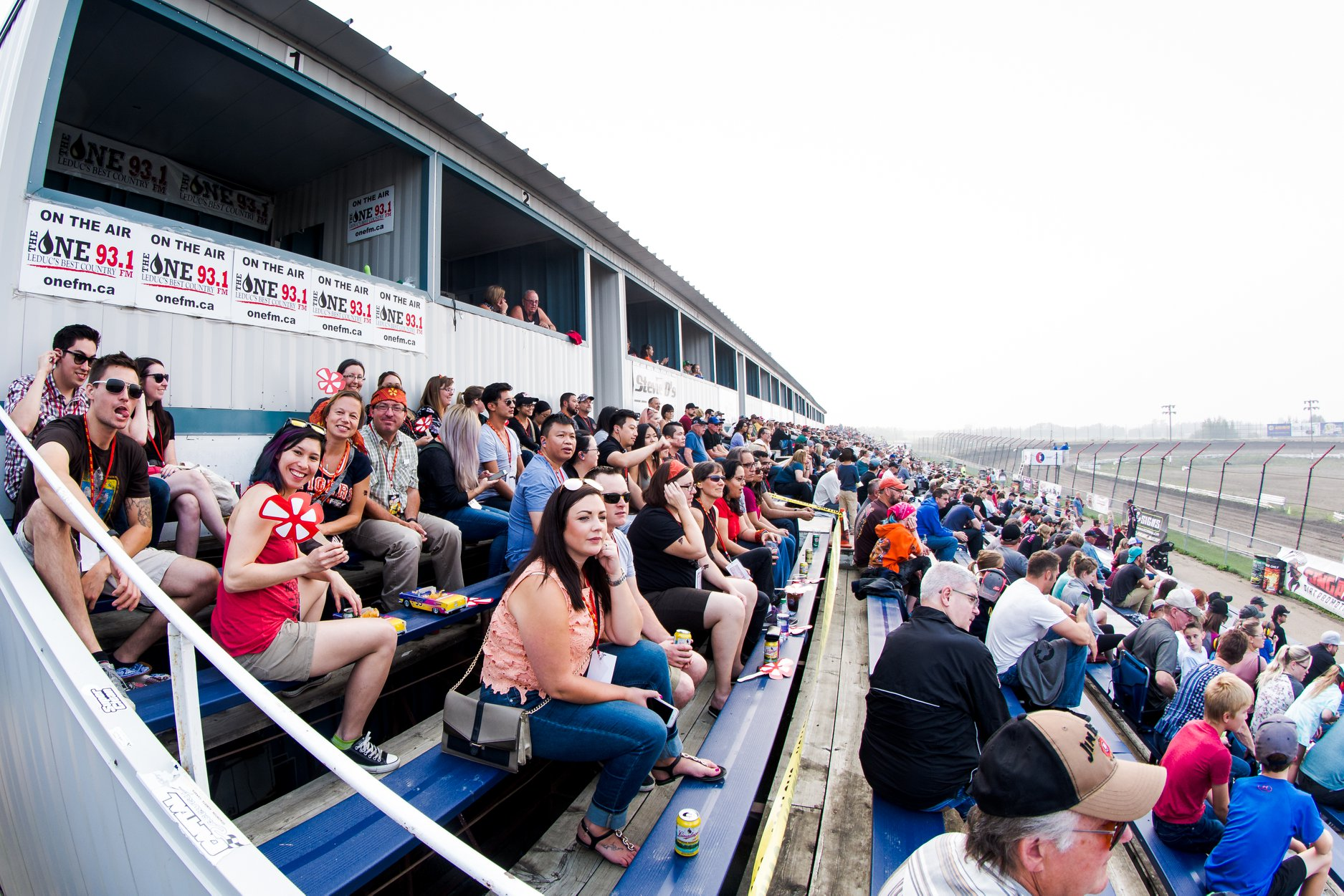 Saturday Nite Thunder - Adult $ 20.00Youth $ 10.00(Adult: 13 years old & up. Youth: 6-12 years old)Tickets are available ONLY at the spectator gate.Gate opens at 3:45 PM. Racing starts at 7:00 PM.