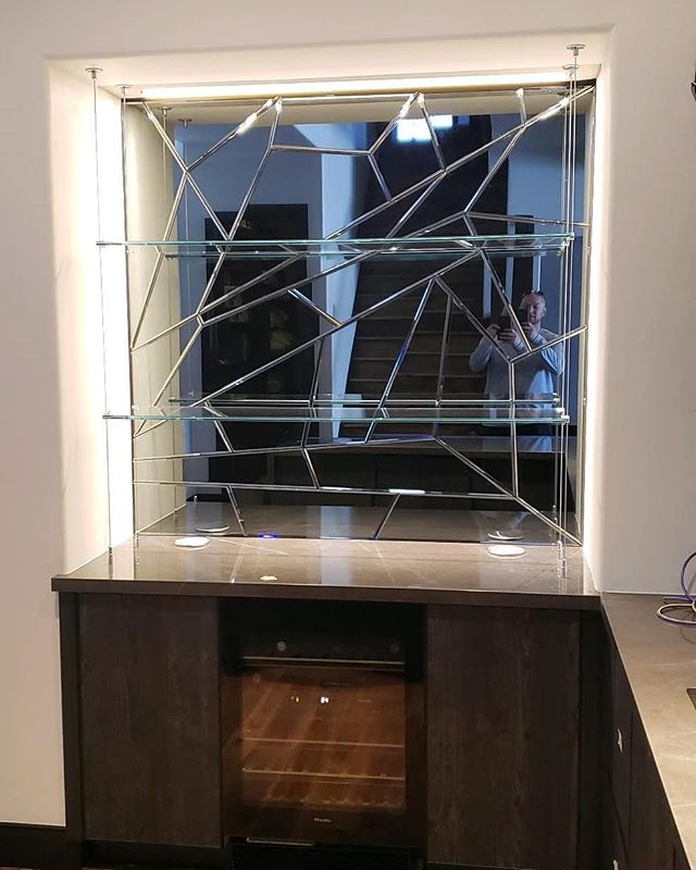 Custom mirror for a client in Park City.  What is your mirror style? If you need us to assist we can provide some ideas.  #mirror#remodel#investment#decore#homeremodel#parkcity#luxury#utah#bar#art#blackdogpropertymanagement#custom#homecare#localbusiness#newhomebuilders#ski#realestate#ilovemyclients