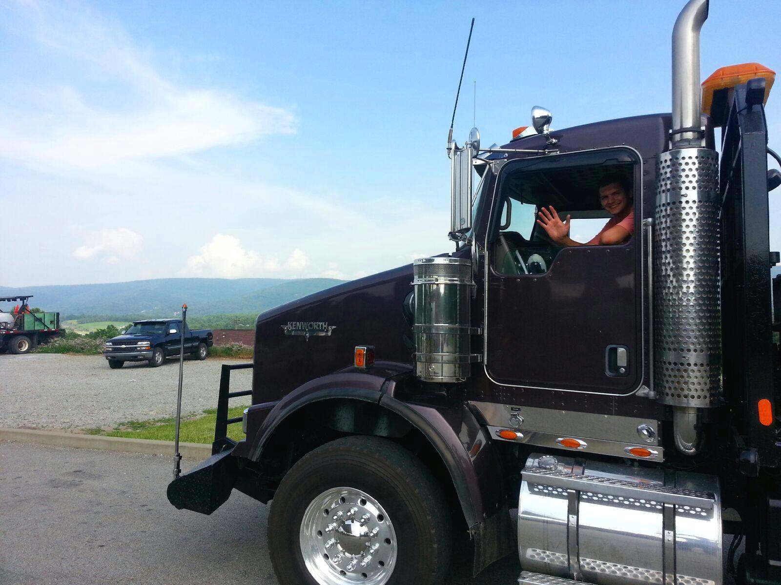 Geo Tractor Truck.jpg