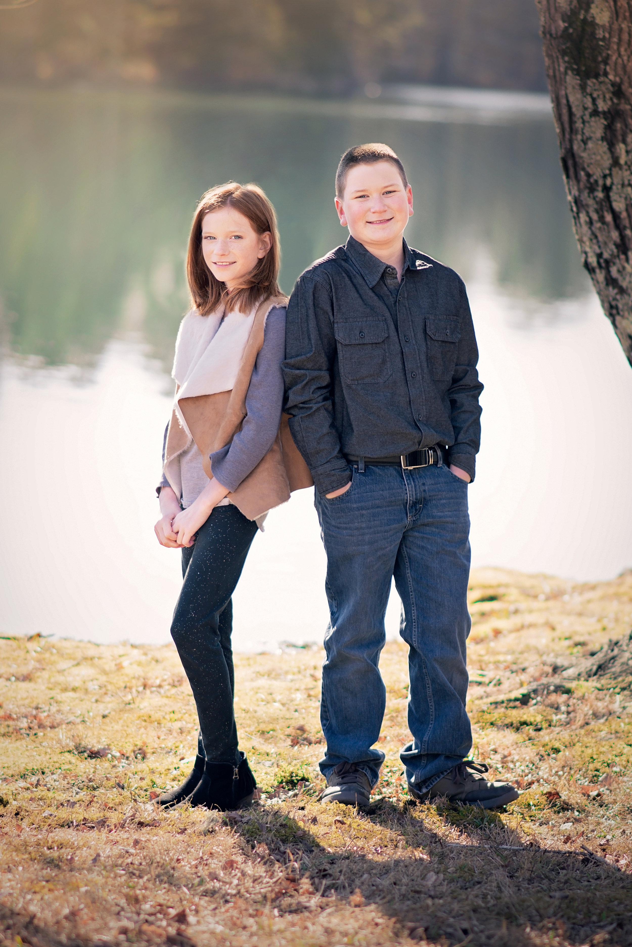 """""""She did an amazing job with my family photos! Kayla made the entire experience so easy and fun!"""" - Tabbetha Thomas"""