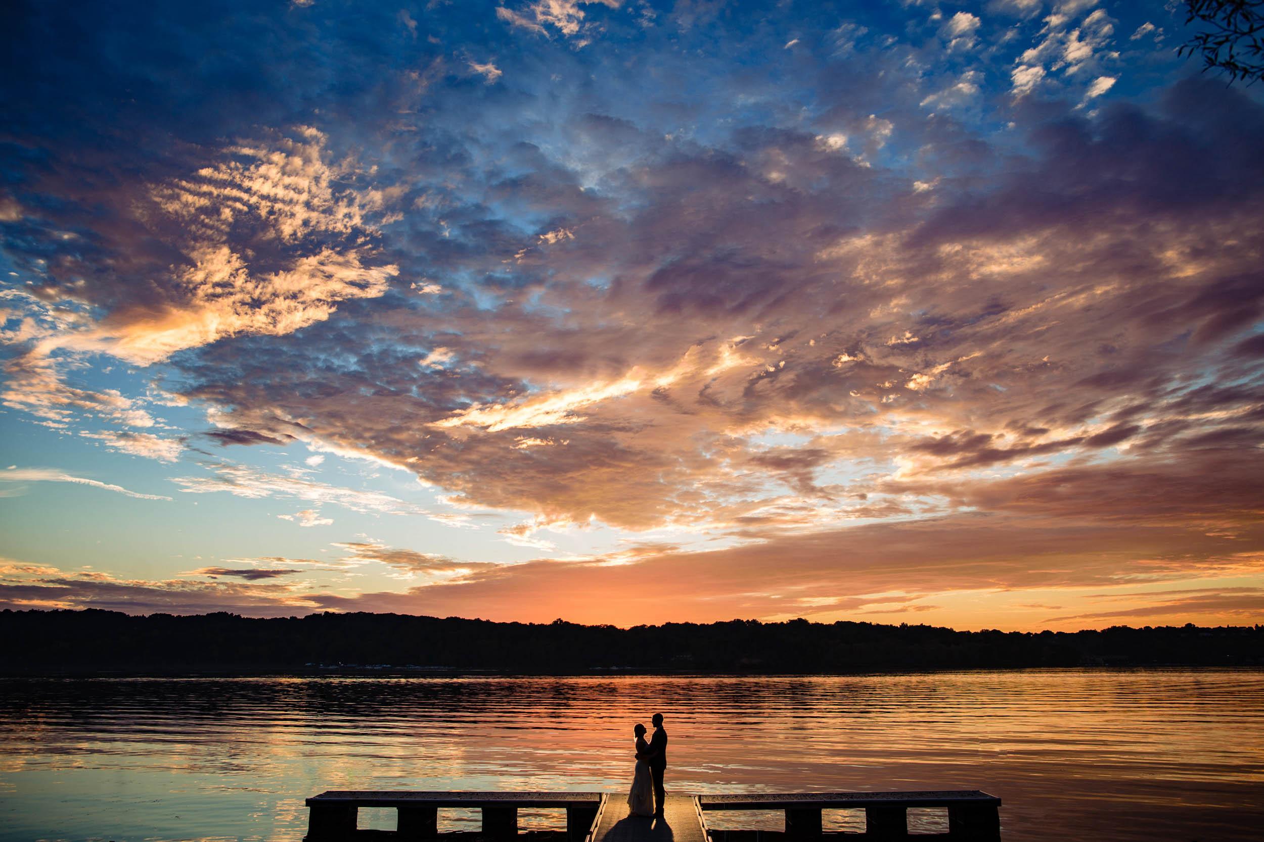 Abraham Lincoln Park Lodge Wedding, Irondequoit Bay, Rochester NY, Photographer