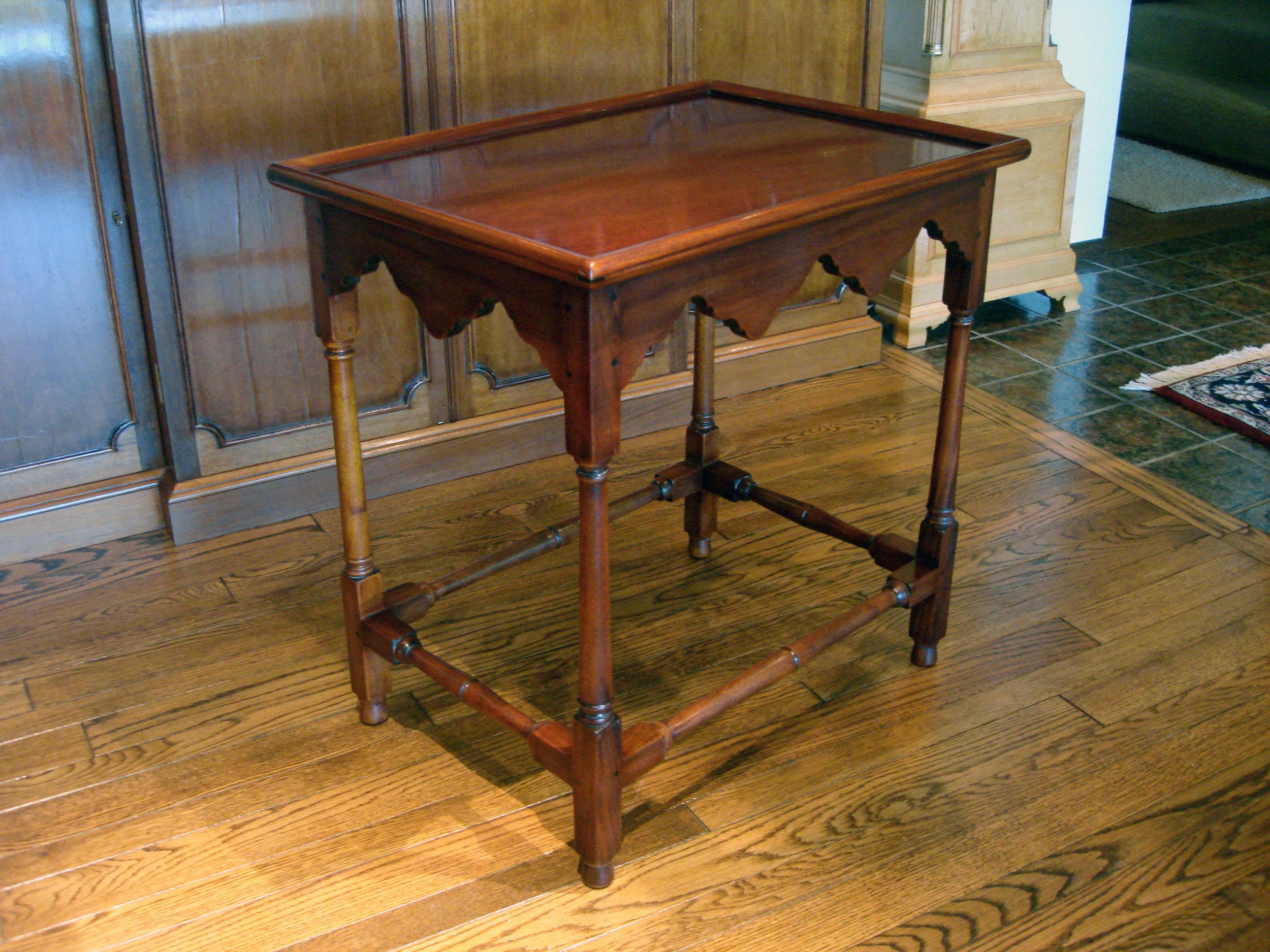 Williamsburg Square Tea Table