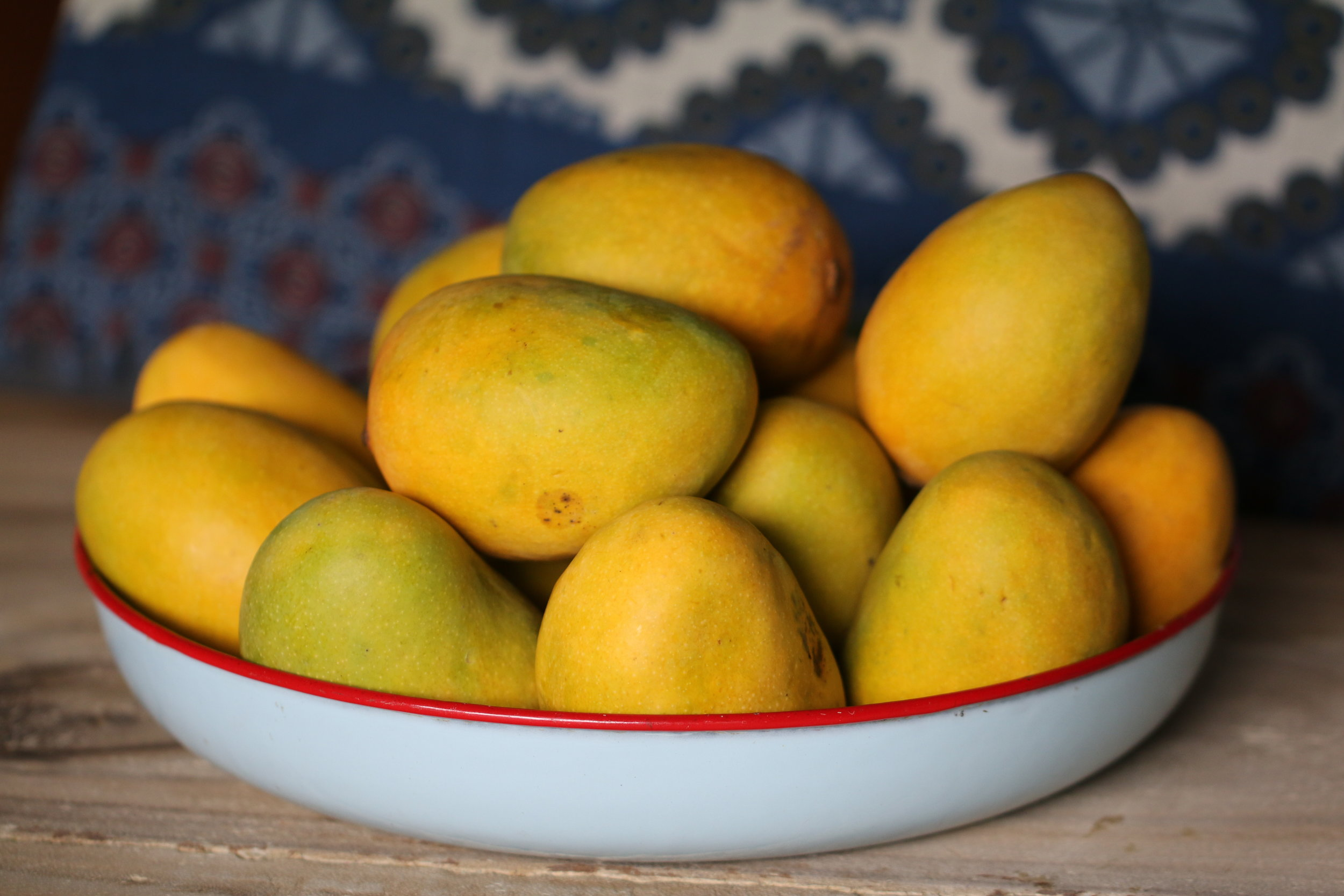 mangoes - 78 percent of mango samples contained no detectable pesticide residues.No more than two pesticides were detected on any conventionally grown mangoes in USDA tests.