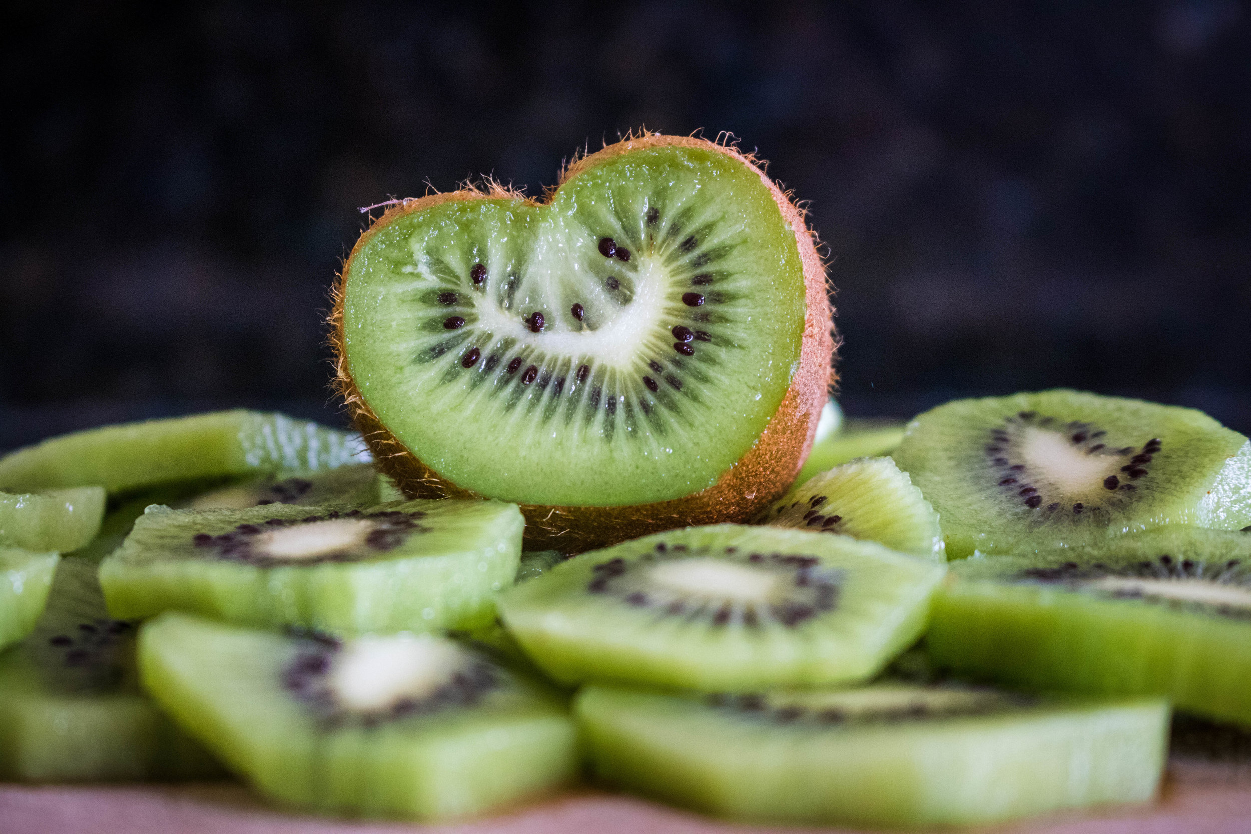 kiwis - 65 percent of kiwi samples had no detectable pesticide residues.Only six different pesticides were detected on any of the conventionally grown kiwis tested.