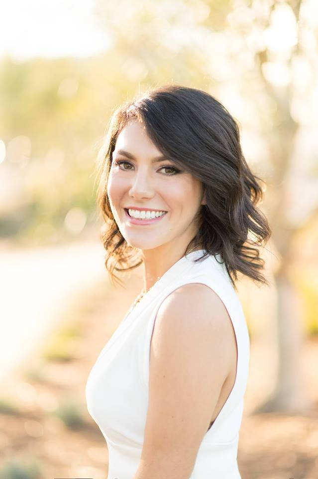 Wednesday, July 10, 2019Lindsay Longacre - The Wedding Industry is constantly evolving. In this Podcast I interview Lindsay Longacre of LVL Weddings and the LVL Academy on her extensive experience in the Industry. Lindsay and her business partner Heather have created a Wedding Planning Academy to offer elevated Wedding Education or Weducation as I like to call it… (enter smirk here) with the opportunity to be inspired and motivated for business success.Make sure to mention the $200 off for Bridal Business Bootcamp Podcast Listeners towards their upcoming November Academy- https://www.lvlacademy.com/homehttps://lvlevents.com/