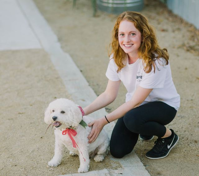 Wednesday, July 17th 2019Mollie Yarsike - Today I interview Mollie Yarsike on her unique Wedding business. Mollie has solved the common issue of having both kids and dogs at a Wedding by being a resource to keep them entertained and happy. As a new business owner of Black Tie Events; Mollie shares with us her experience as she wades the ever changing Wedding Industry to grow and market her business.https://www.blacktiekids.com/