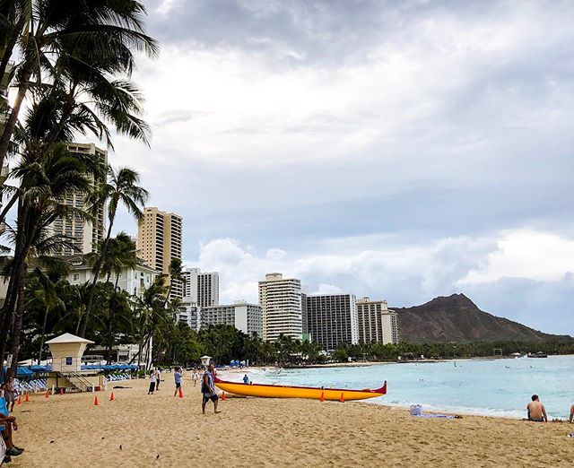 Currently waiting for the rain to let up so I can enjoy this beach. The sun, sand and my two piece have a little date later.  #sun #sand #hawaii #summer #beaches #vacation #trips #ocean #traveldiaries #travel #usedmypoints #goals