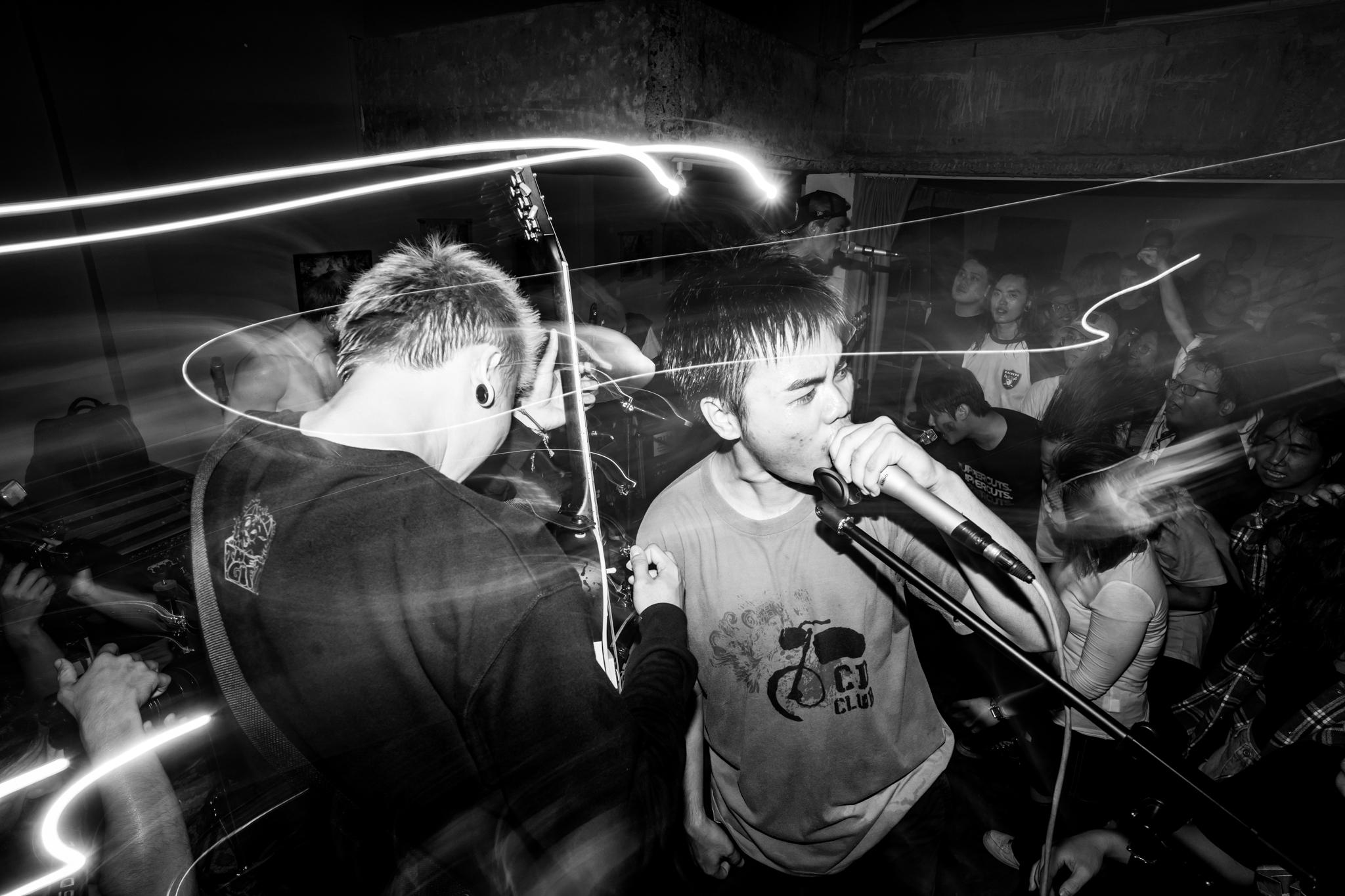 hardcore.leestarnes.punkrockchronicals.saigon.-1-2.jpg