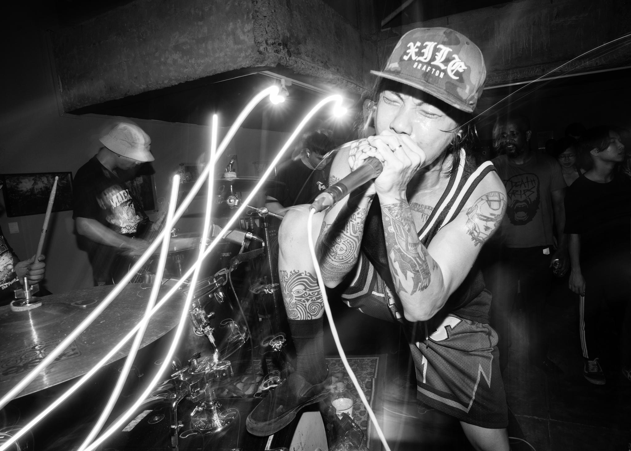 hardcore.leestarnes.punkrockchronicals.saigon.-8.jpg