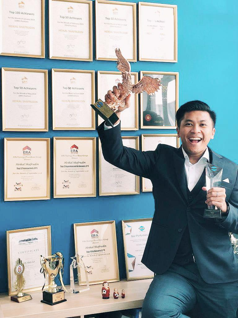 Heikal Shafrudin - HDBHero.com & HeroHomes.sgPropNex Top Transactors (2009-2018)ERA Realty Top 100 Achievers (2018)ERA Realty Network Top 50 Achievers (2019)