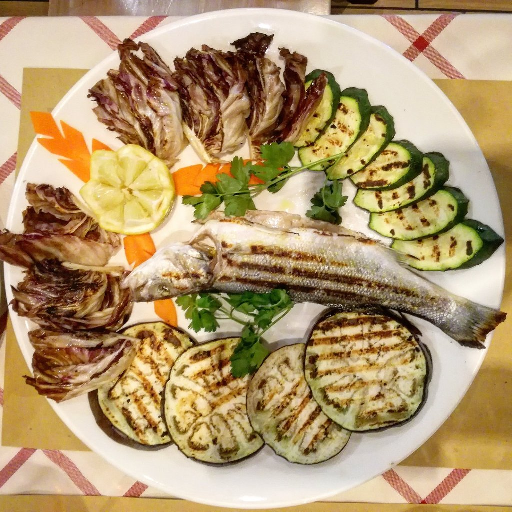 grilled-fish-with-vegtables.jpg