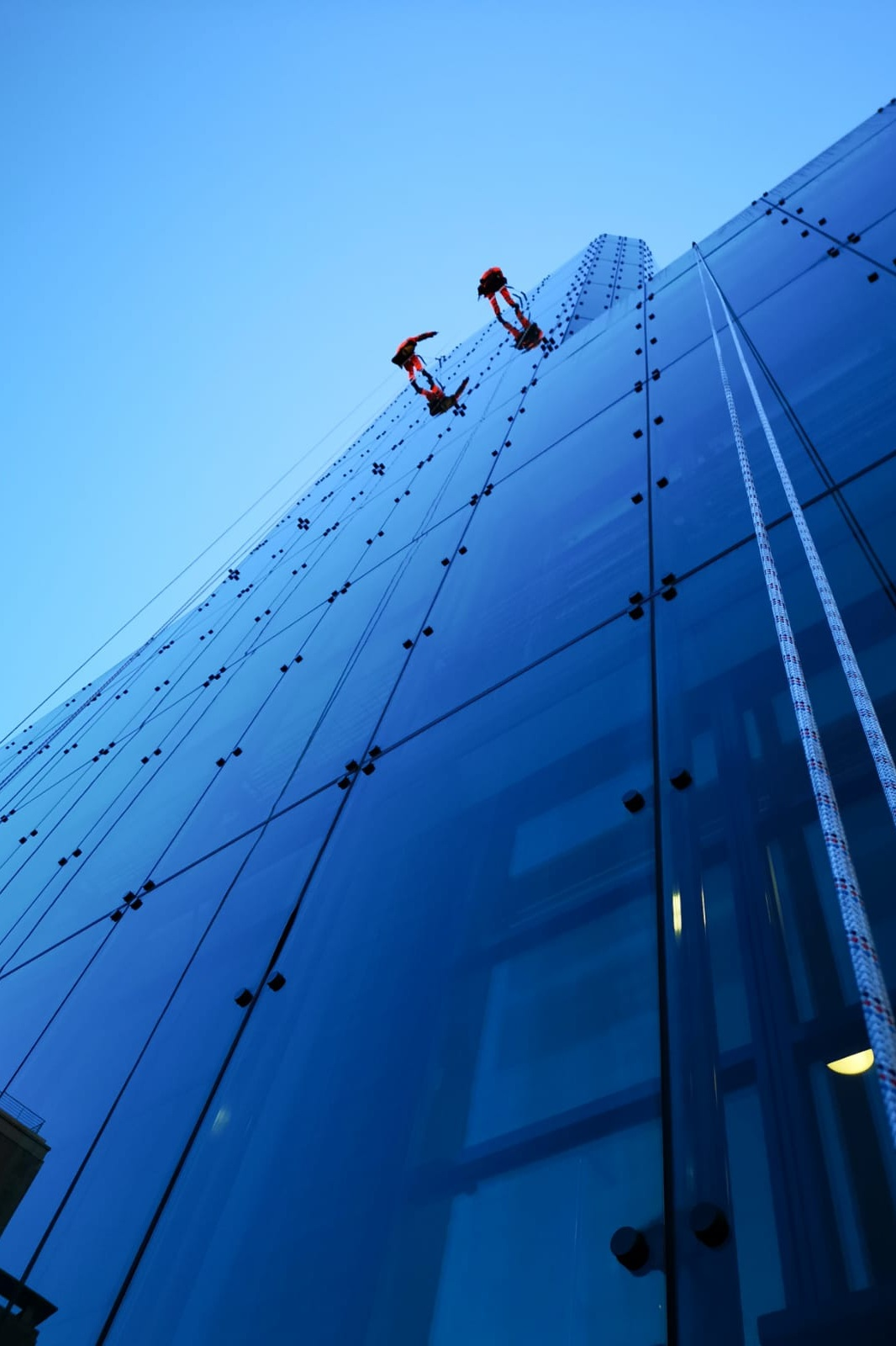 Vertex Rope Access - Vertex Rope Access are one of the UK's leading working-at-height experts in the survey and repair of building envelopes and structures