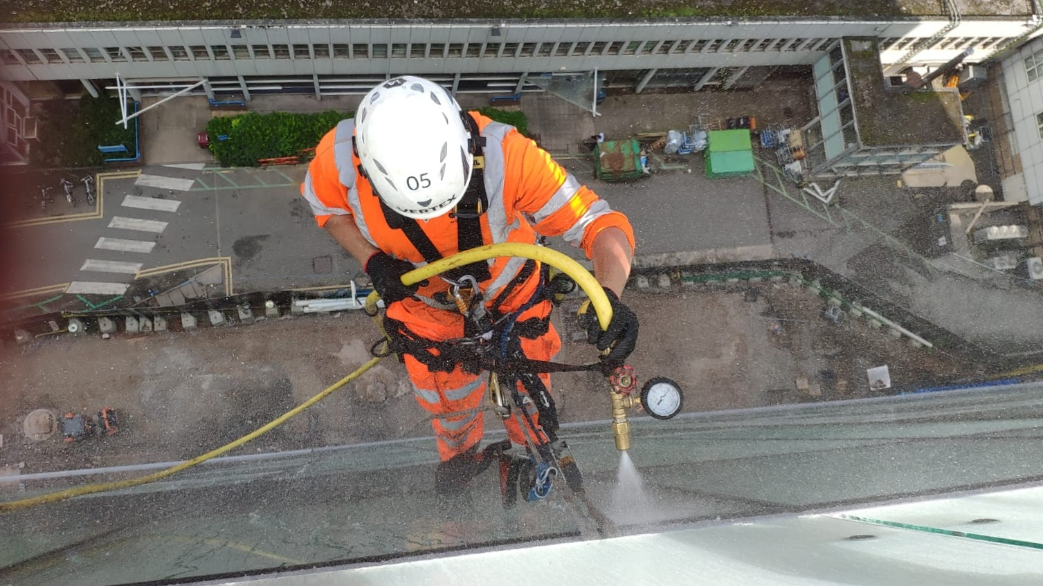 Unitised system hose testing - 5% of joint tests
