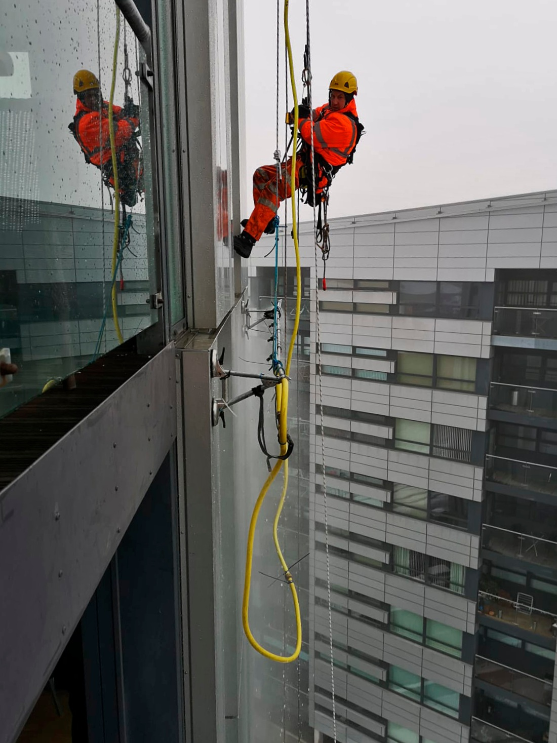 CWCT Spray Bar Testing on Cassette Cladding Panels