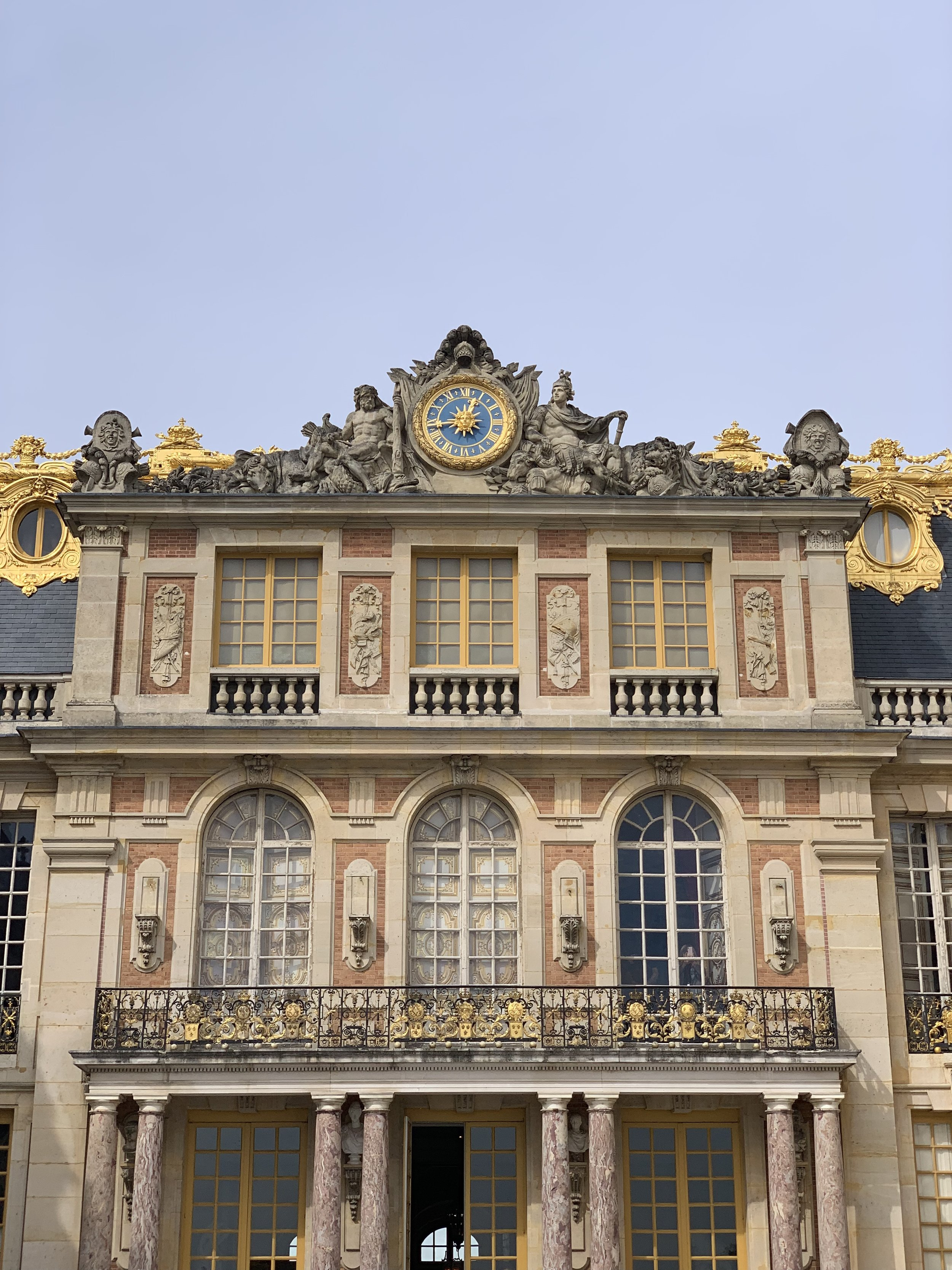 Grand entrance to Palace of Versailles