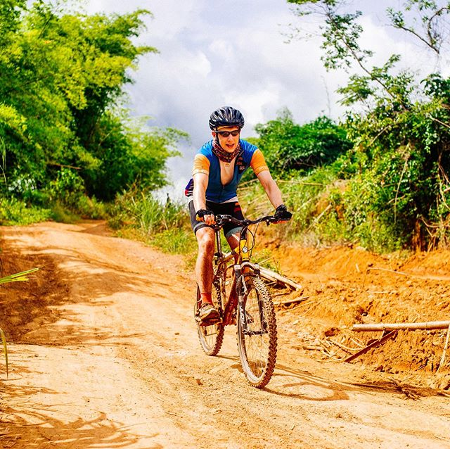 Are you feeling inspired by the @giroditalia to up your cycling game? Why not sign up to Ride Sierra Leone and really put your fitness and endurance to the test! 💪💥 Check out the link in our bio to sign up today!  #RideSierraLeone #Giro #CyclingChallenge #CharityChallenge  #RideForACause #PowerOfBicycles #DoGood  #StreetChildUK #SierraLeone #WestAfrica #Cycling #CyclingLife #cyclist #bikelife #InstaBike #cycle #ciclismo #InstaCycling #RoadCycling #biking #OutsideIsFree #FromWhereIRide #RoadsLikeThese #travel #AdventureTravel