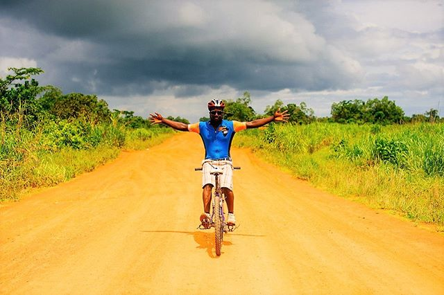 Strike a pose 💪 🚴‍♀️ #powerpose  #StreetChildUK #SierraLeone #RideSierraLeone #WestAfrica #CyclingChallenge #CharityChallenge  #RideForACause #PowerOfBicycles #DoGood  #Cycling #CyclingLife #cyclist #bikelife #InstaBike #cycle #InstaCycling #RoadCycling #biking #OutsideIsFree #FromWhereIRide #RoadsLikeThese #travel #AdventureTravel