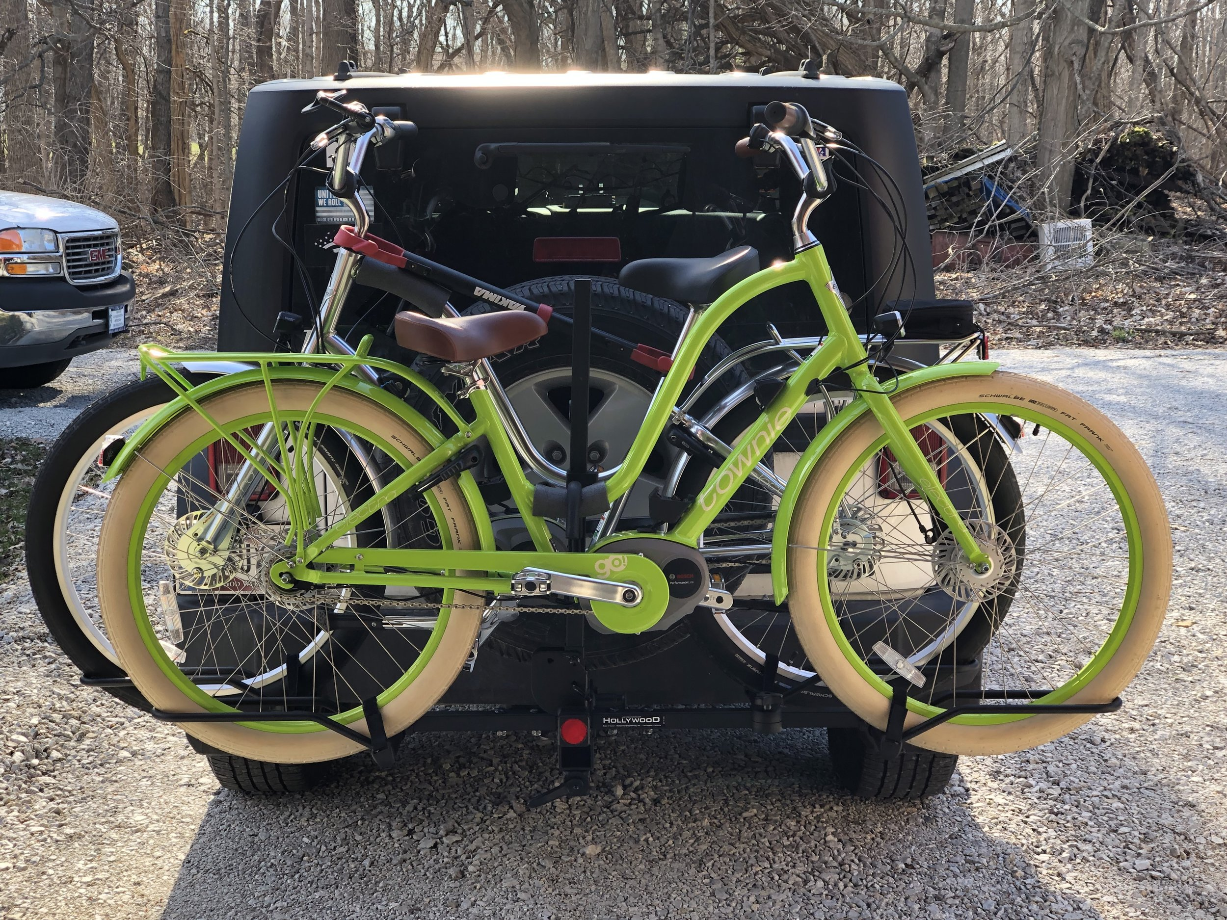 The Mullet's electric bikes packed up on the Jeep, ready for their next adventure.