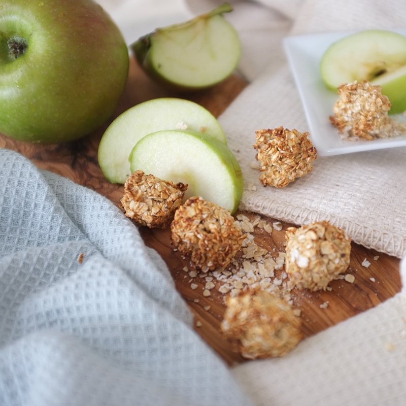 paw-some-apple-&-oat-crunchies
