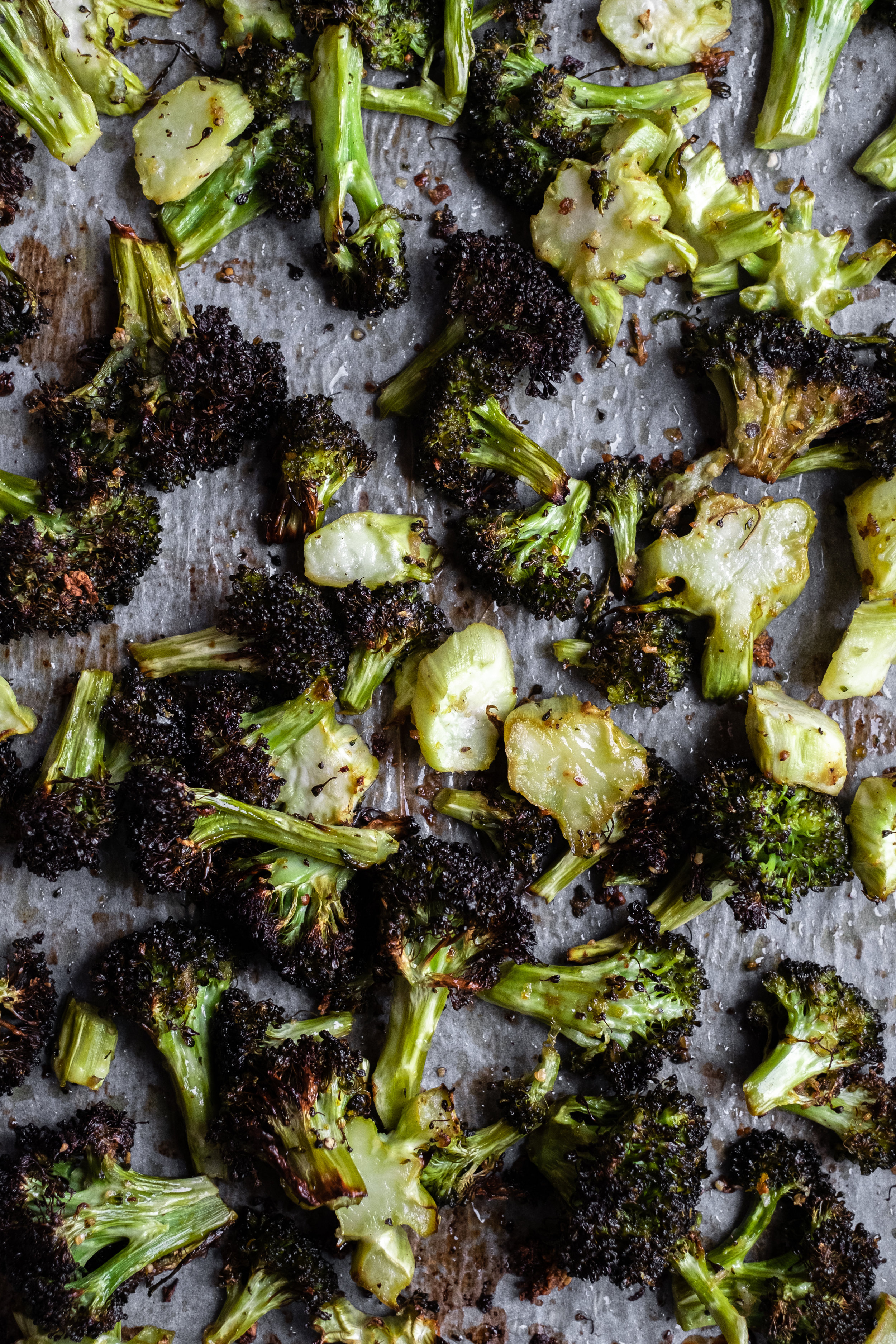 oven roasted broccoli with garlic and lemon