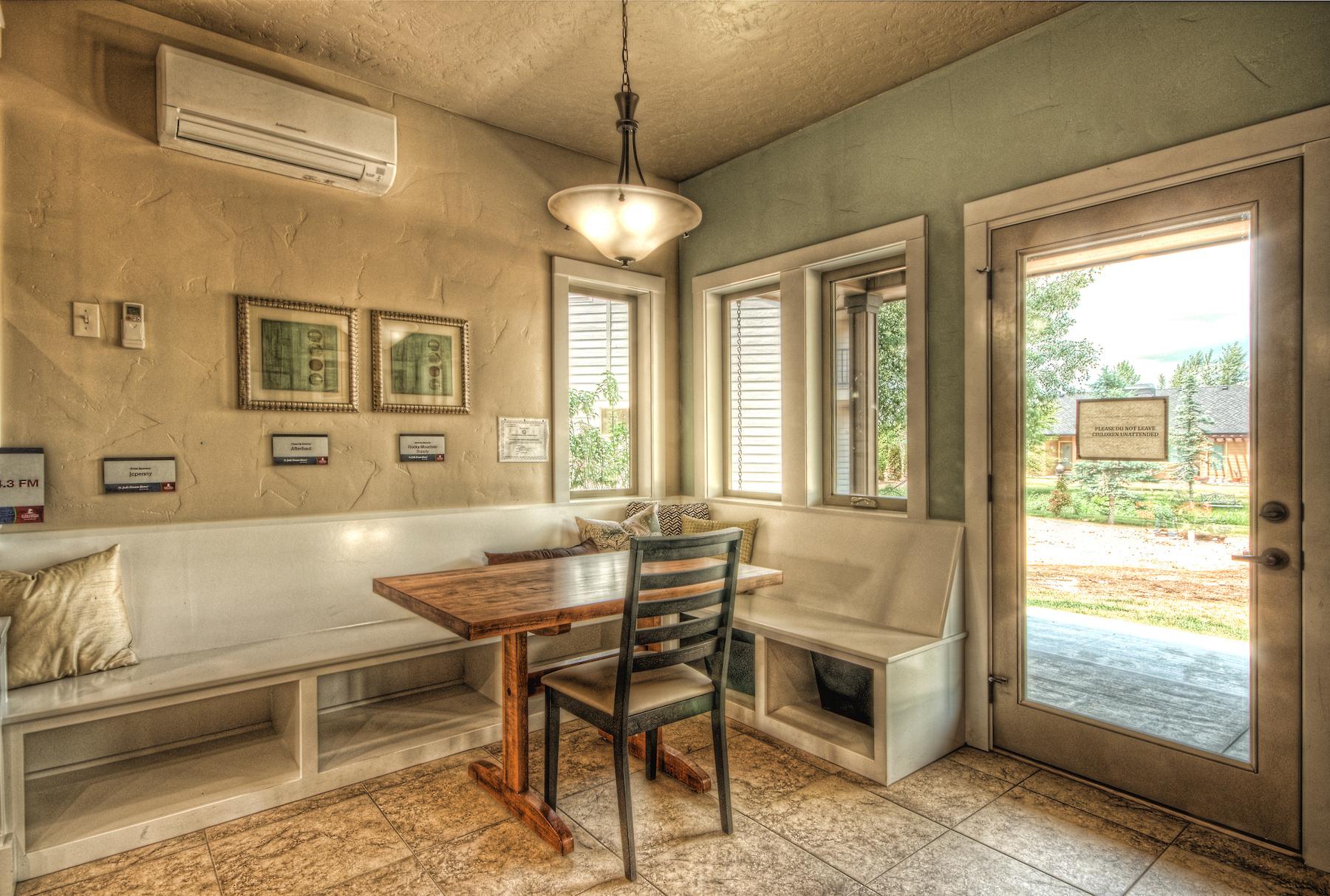 Flynner-Homes-StJude-Residential-Remodel-00019.jpg