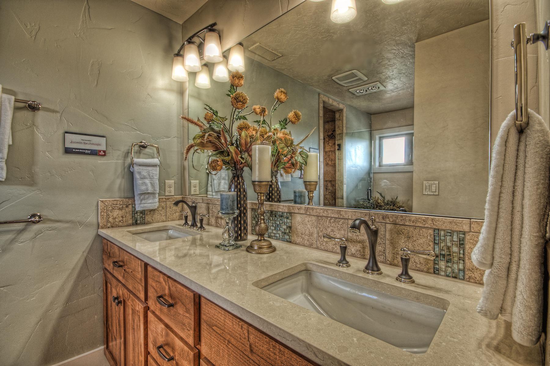 Flynner-Homes-StJude-Residential-Remodel-00023.jpg