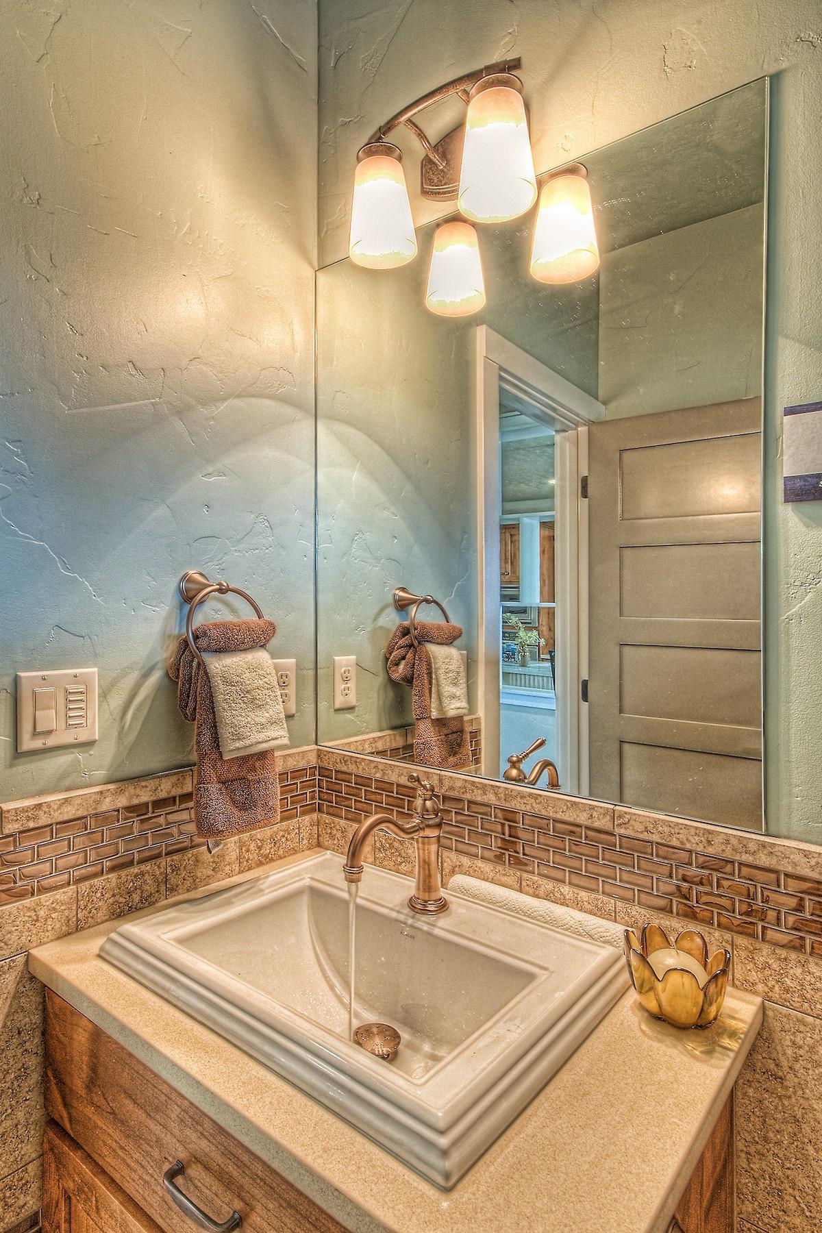 Flynner-Homes-StJude-Residential-Remodel-00027.jpg