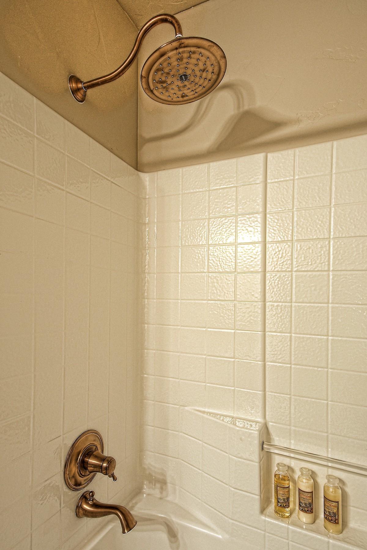 Flynner-Homes-StJude-Residential-Remodel-00030.jpg