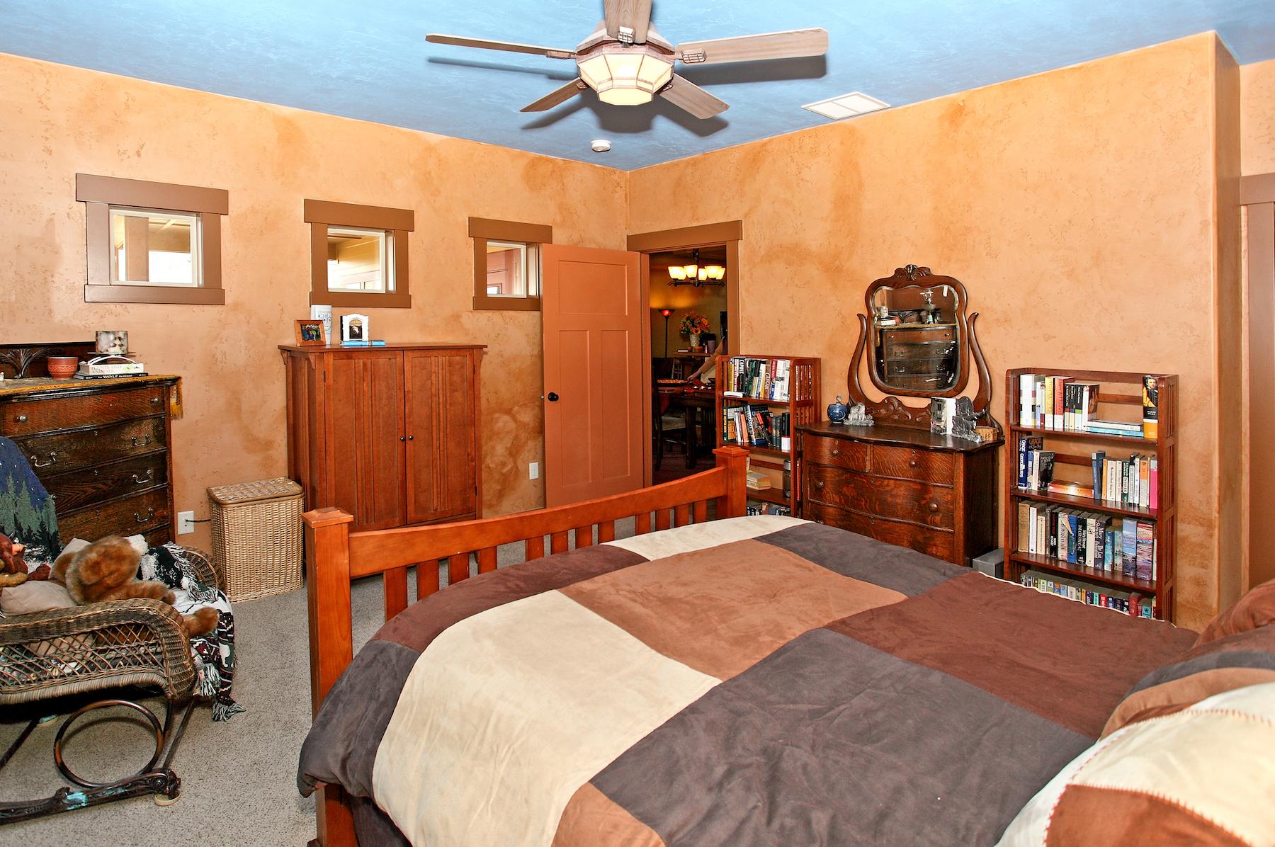 Flynner-Homes-Brownstone00022.jpg