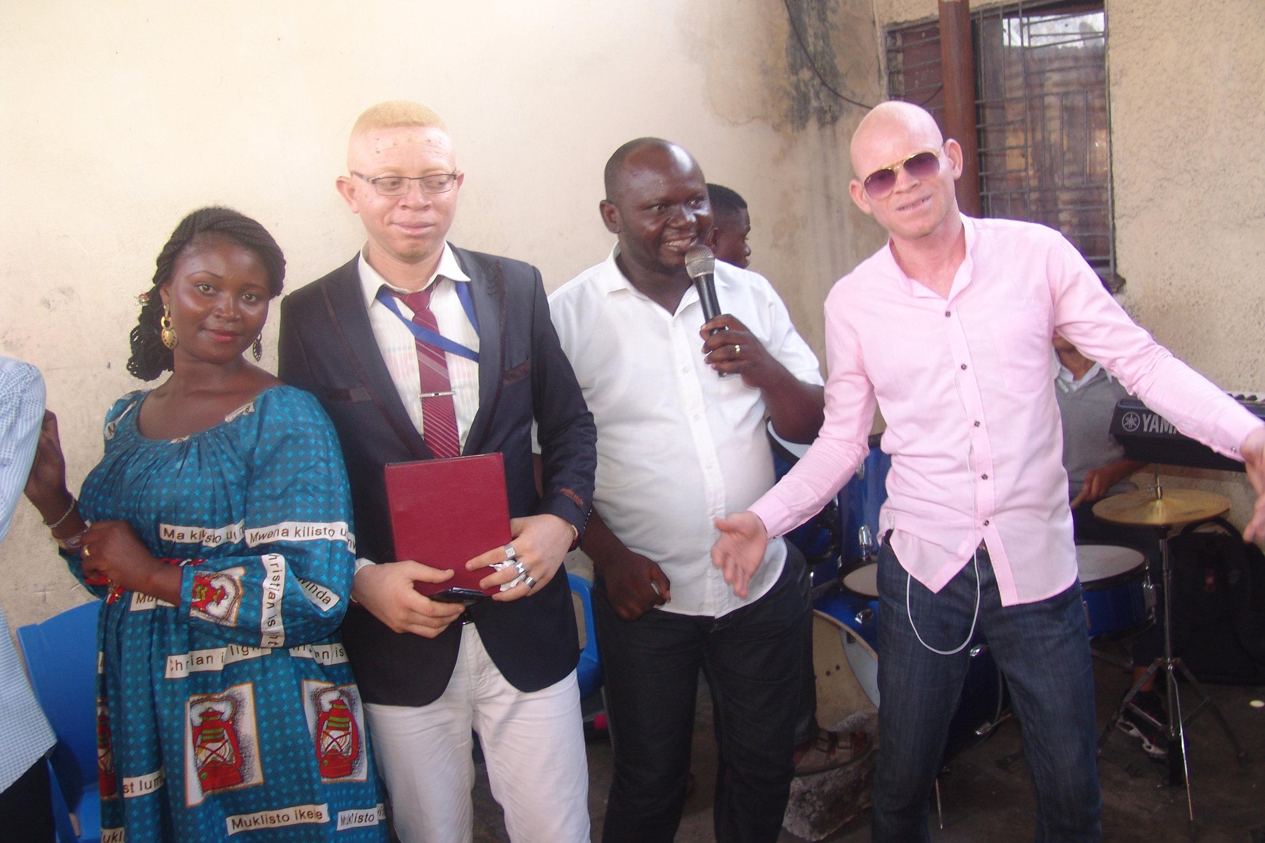 Albino-4.jpg